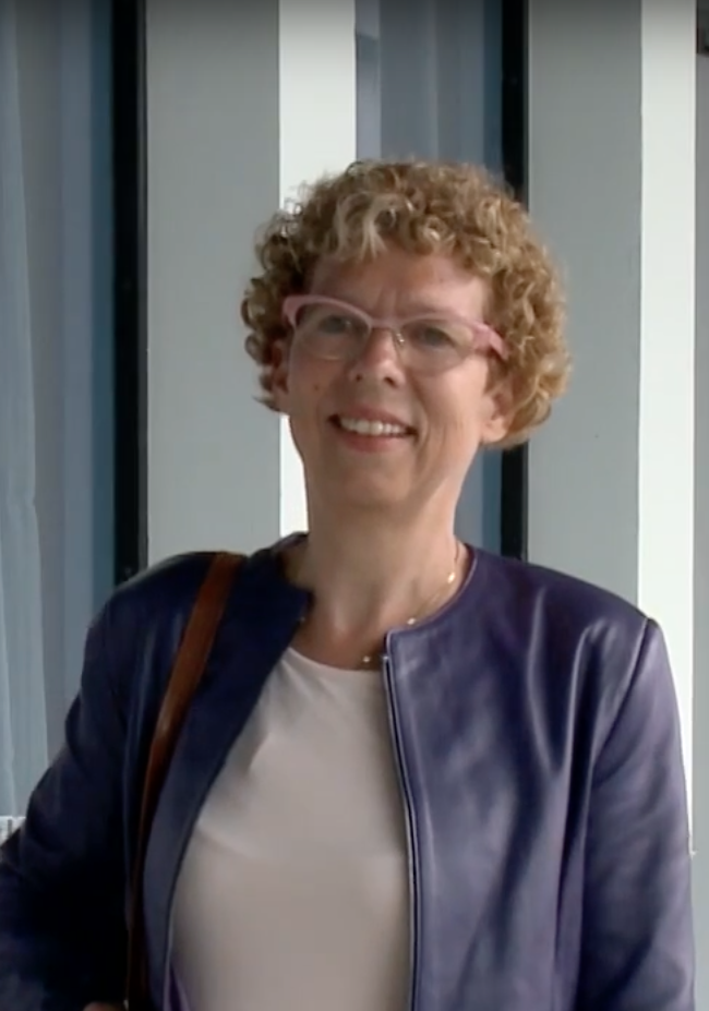 Karin van den Heuvel still mini-docu